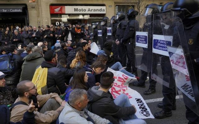 Catalonia: Workers' movement must defend democratic rights