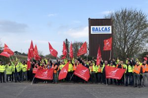Fermanagh workers stand up to poverty pay