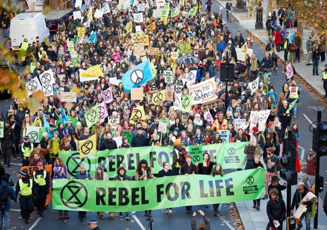 Climate Crisis: Mass action of workers & young people needed